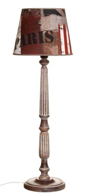 Puinen lampunjalka jonka väri on ruskea. Varjostimessa on teksti kuvio.
