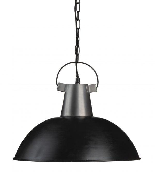 Riippuva kattovalaisin. Valaisin on materiaaliltaan metallinen. Väreinä musta ja teräs.