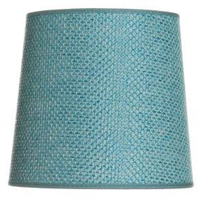 Yksivärinen lampunvarjostin jonka väri on turkoosi. Varjostin on materiaaliltaan laminoitua kangasta.