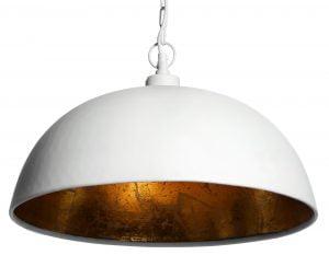 Metallinen, riippuva kattovalaisin. Valaisin on väriltään valkoinen. Valaisimen sisäpuolen väri on kulta.