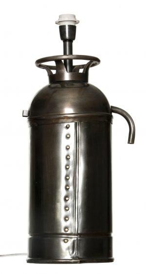 Metallinen sammuttimen muotoinen lampunjalka. Kyljessä niittikoristelu.
