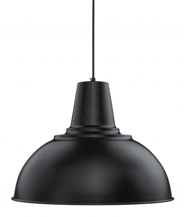 Riippuva kattovalaisin. Valaisin on metallinen ja sen väri on musta.