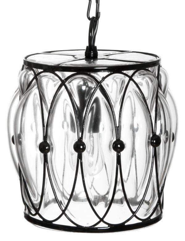 Riippuva lasinen kattovalaisin, jossa on musta kehikko jonka sisällä on kirkas lasi. Valaisin on väriltään kirkas.