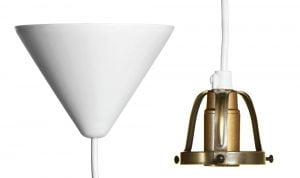 Valkoinen kattokuppi johdolla, sekä suutarinvalaisimen E14-kantainen lampunkanta.