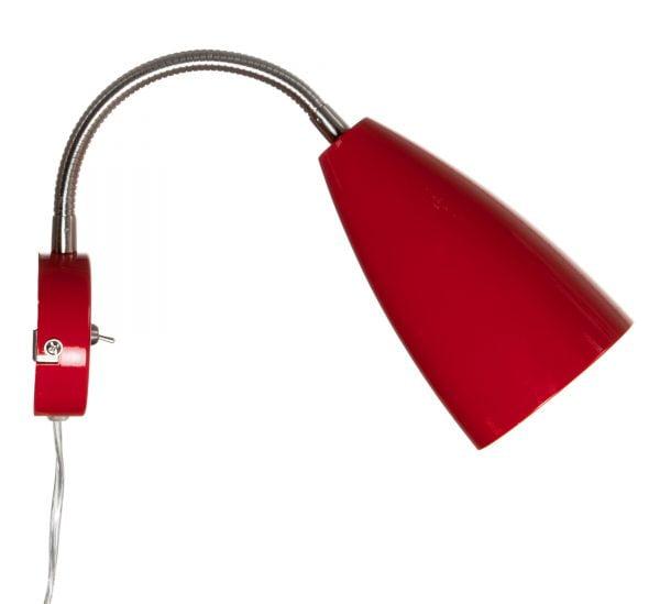 Punainen seinävalaisin, jossa on metallinen runko ja taivuteltava, kromin värinen varsi. Valaisimen kytkin on sen rungossa.