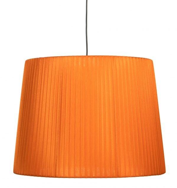 Mustan johdon päässä riippuva oranssi organzavarjostin, joka levenee alhaalta ylöspäin. Varjostimen runko on myös väriltään oranssi.