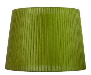 Vihreä organzavarjostin, joka levenee alhaalta ylöspäin. Varjostimen runko on myös väriltään vihreä.
