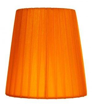 Yksivärinen kruunuvarjostin jonka materiaalina on organza. Varjostimen väri on oranssi.