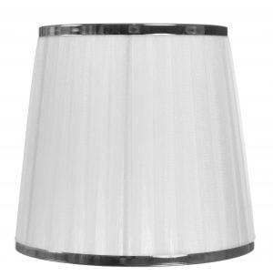 Valkoinen kruunuvarjostin jonka materiaalina on organza. Varjostimessa on metallinen koriste molemmissa reunoissa, sen väri on kromi.